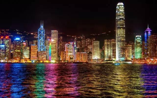 """港漂:只配在香港做一个洋气的""""打工狗""""!-激流网"""