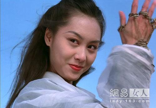 """""""紫霞仙子""""朱茵,岁月在她脸上没有变化"""