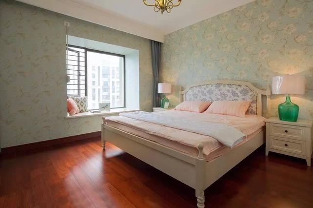 不做吊顶,卧室天花这样装,简单美观又大方!