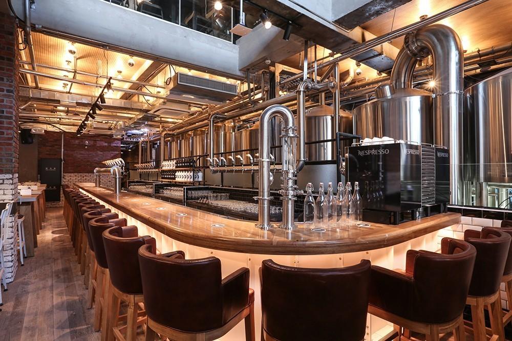 2、加入哪家国产精酿啤酒比较好?这取决于拥有大量精酿啤酒的人。加盟哪个品牌比较好?