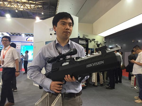 无人机干扰器亮相上海安博会 科技资讯 第2张