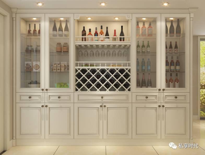独有情调的体现, 还可以作为 品味十足的装饰品, 什么样的酒柜才适合