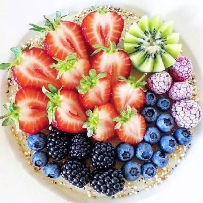花样水果拼盘,漂亮又有创意