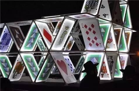室内设计场景氛围的刹手锏——灯光装置艺术图片