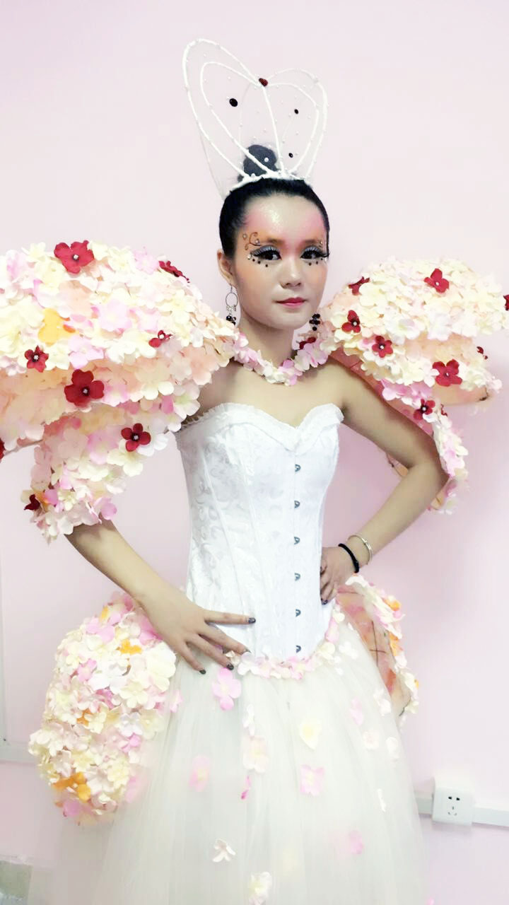 不止一面 梦幻创意新娘妆造型