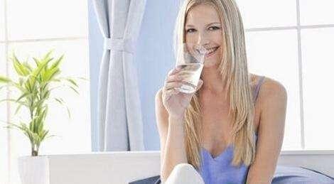 """涨知识,多喝水不如会喝水,怎样喝水才最为健康?"""""""