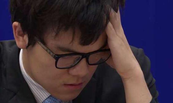 2:0 – 柯洁盘中认输,AlphaGo赢下第二场比赛的照片 - 1