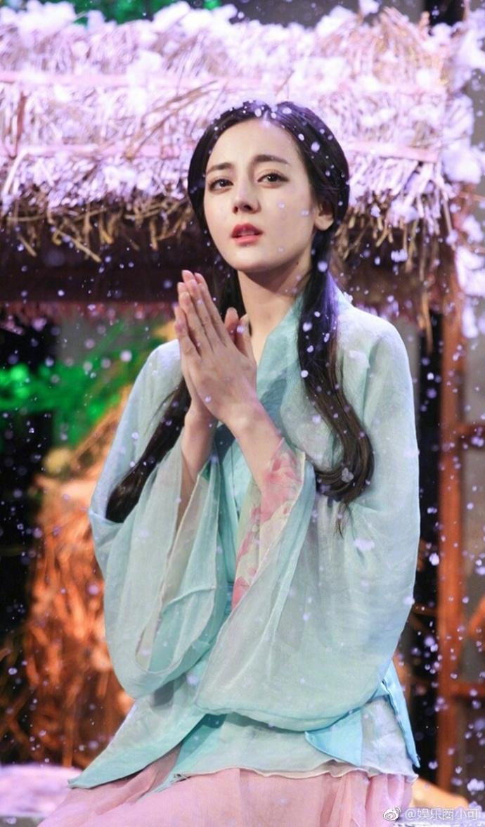 迪丽热巴获上海电视节 白玉兰 奖最佳女配角提名