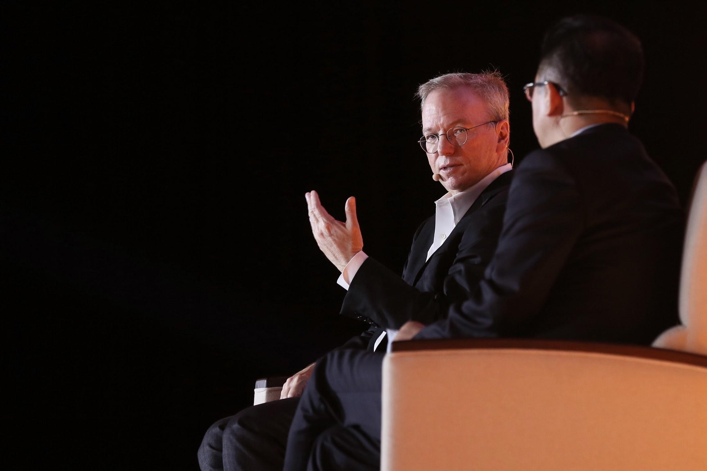 对话Alphabet董事长施密特:AI的潜能在哪儿