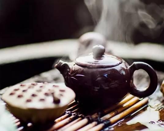 阅读丨人生一杯茶,何必太清醒 深度好文