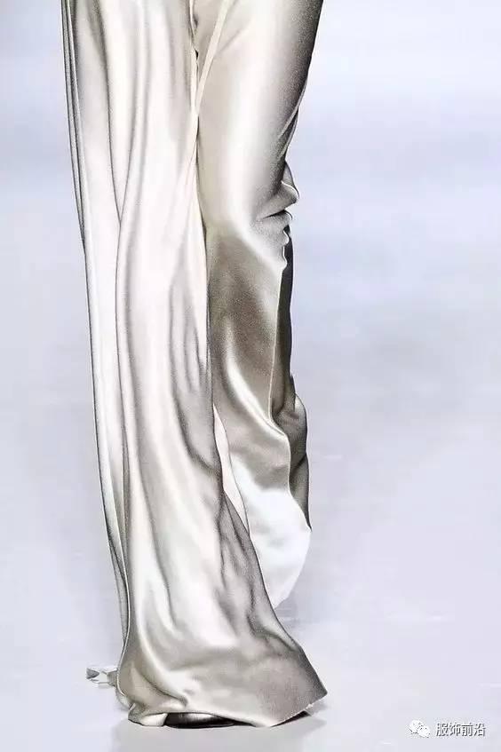 质感丝绸质感女人图片