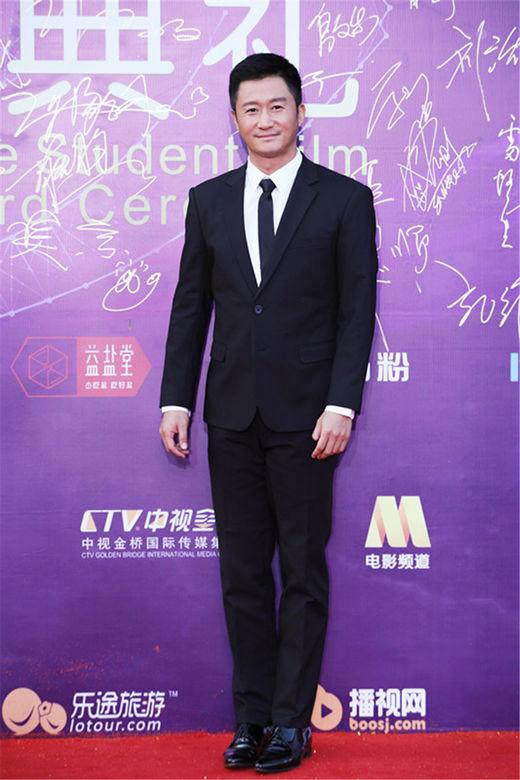 吴京再助北京大影节《战狼2》新宣传片惊喜献礼
