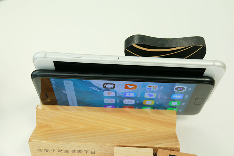 与iPhone6sp大小薄厚对比-组图 一言不合就发四摄手机 金立S10初之