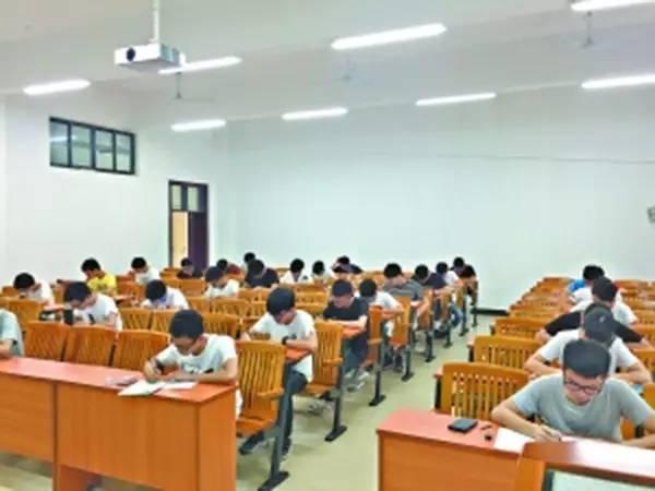 """[教育探讨]一人考试作弊,全班成绩作废!这种""""连坐""""合理吗?"""