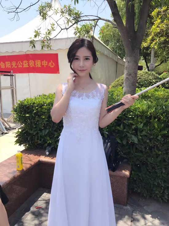 斗鱼在武汉办了场嘉年华 整个江滩被挤爆   移动互联  第10张