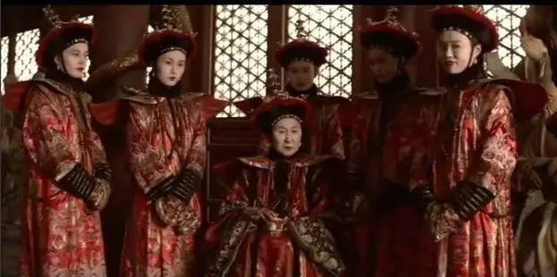 淫老婆影院_溥仪一生娶五个老婆却没有生育的这事尤其收到人们的关注.