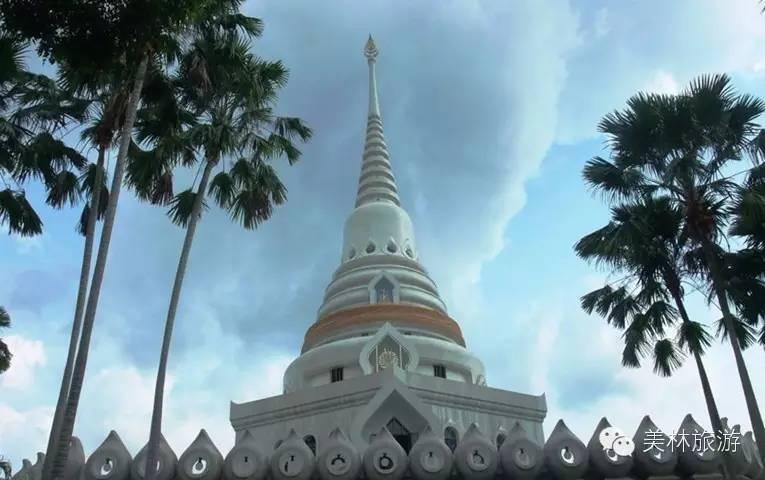 七珍佛山 —九世皇庙—舍利子塔—皇家金佛寺—泰国免税商场
