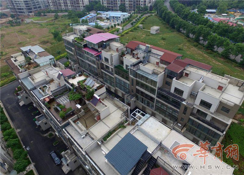 西安财经学院长安校区住宅区冒出多座 空中花园 组图