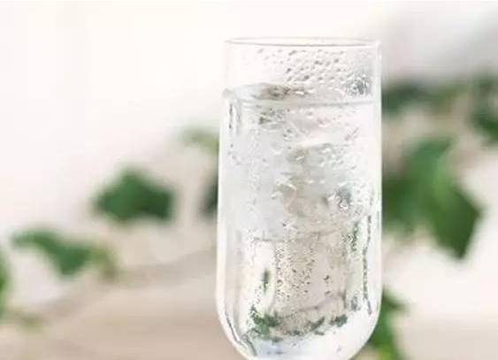 酿酒知识:果酒技术-荷式金酒的酿制方法