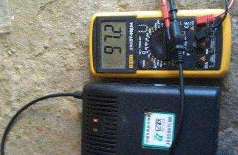 电动车充电器正确的使用方法