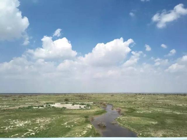 阿勒泰风光绘画-梦幻新疆 风景如画的西北角