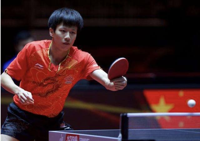 国乒挑战才刚刚开始:男单首次参赛小将晋级马龙惊险过关