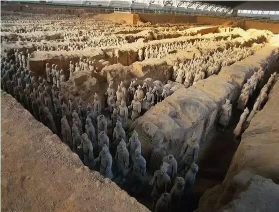北京赛车发布群:旅游景点翻译:▶这里位列中国十大最美峡谷!航拍视角一览壮丽风景…