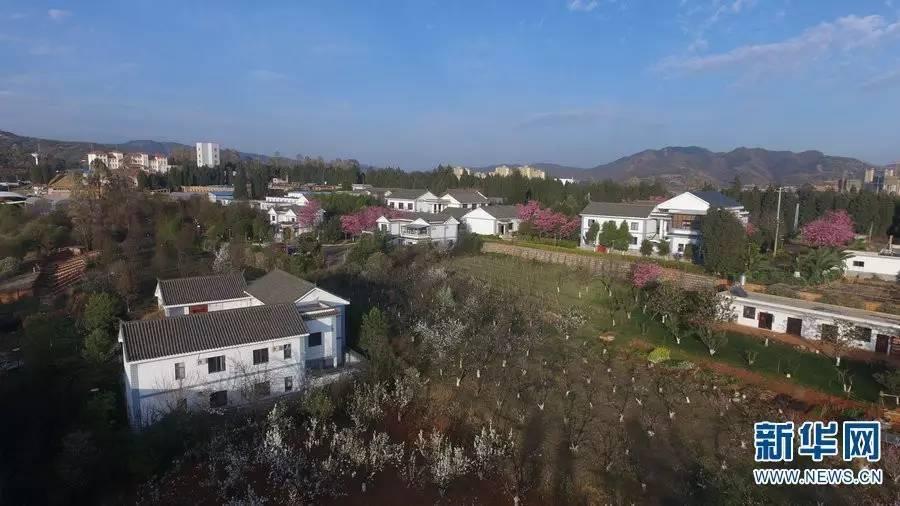 云南农业大学-不说再见 毕业季用航拍记录云南美丽校园图片