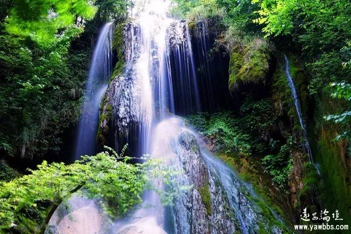 瀑布香什么原理_黄果树瀑布图片