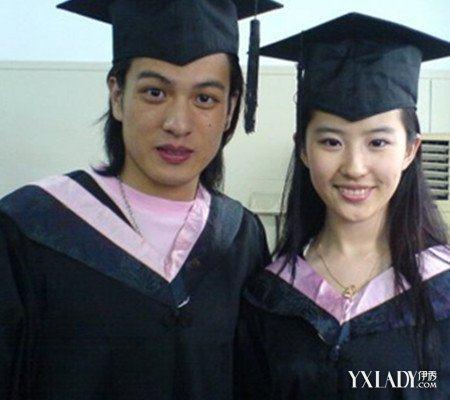 说起大学同学,刘亦菲还跟罗晋、江一燕也是同班同学.   关系都很好
