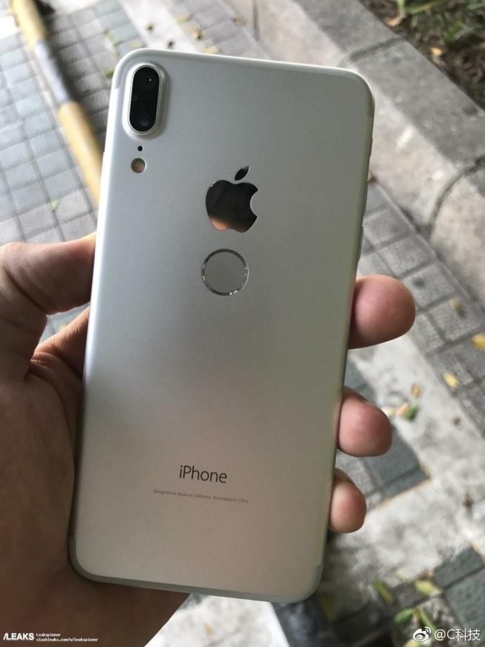 iPhone 8真机遭曝光,金属机身 后置指纹,丑爆了 aso优化 第2张