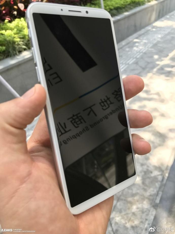 iPhone 8真机遭曝光,金属机身 后置指纹,丑爆了 aso优化 第5张