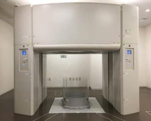 """全球第一台坐立式全身扫描CT诞生"""""""