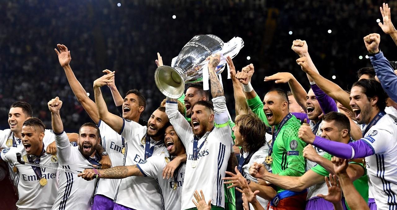 皇马卫冕欧冠创历史 c罗两球超梅西图片