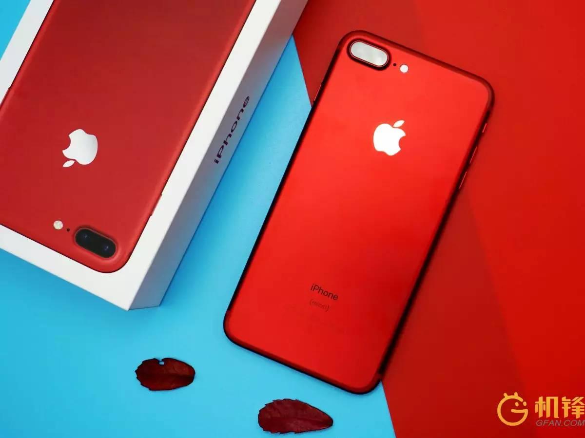 iphone 7 plus红色美图 烈焰红唇说的就是她图片