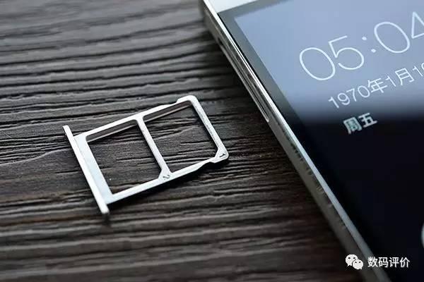 苹果iPhone躺枪 调研报告显示手机不插内存卡用户不答应