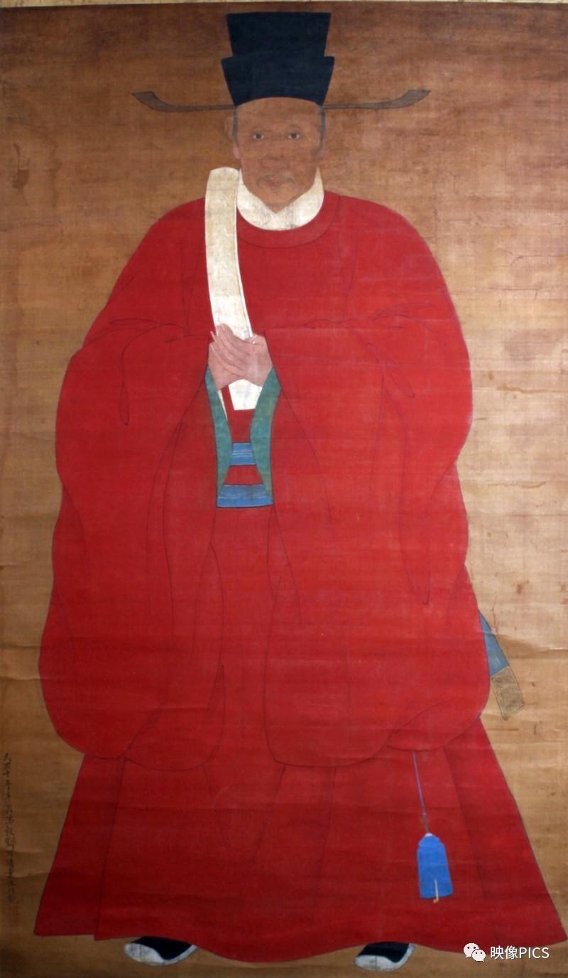 中国织绣工艺水平的巅峰:绚丽多彩的明代服饰