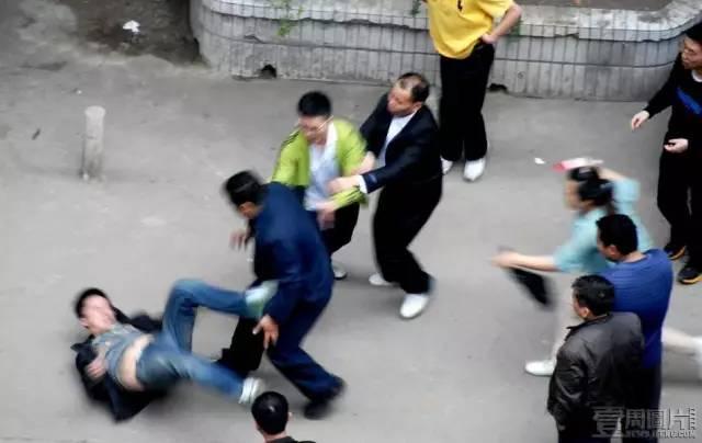 恋上董事长_经纬有情况恋上大老板