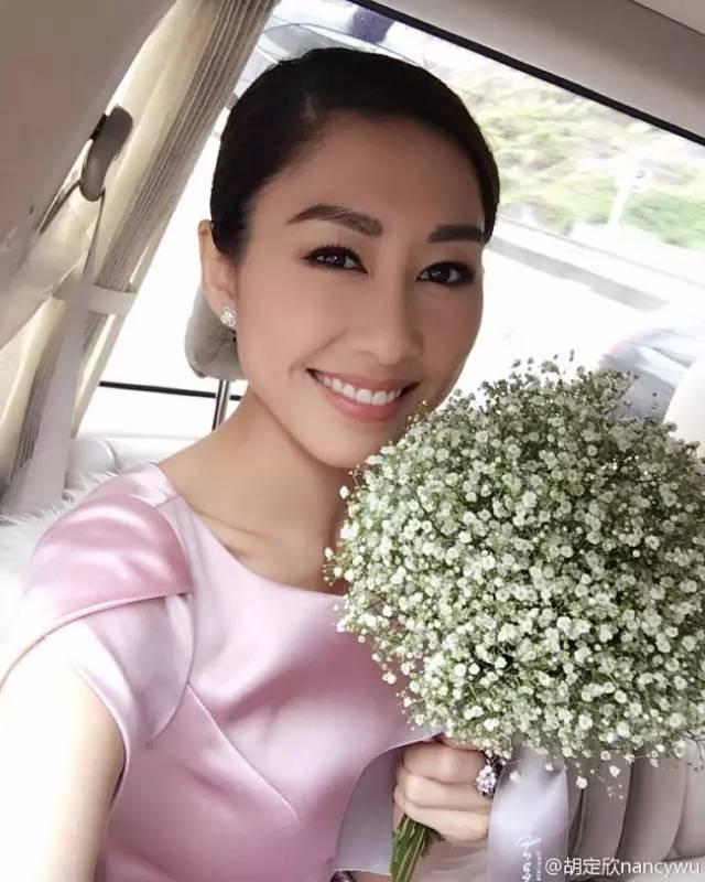 安以轩结婚伴娘上热搜,该长心眼的还有陈妍希李小冉徐若瑄 娱乐八卦 图13