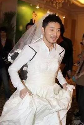 明星另类婚纱照_明星婚纱照