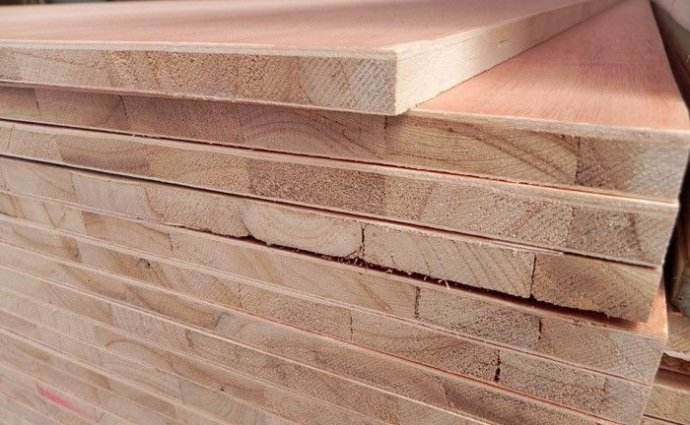 柜儿子用木工板好还是避免漆板好?看木工老学徒怎么说