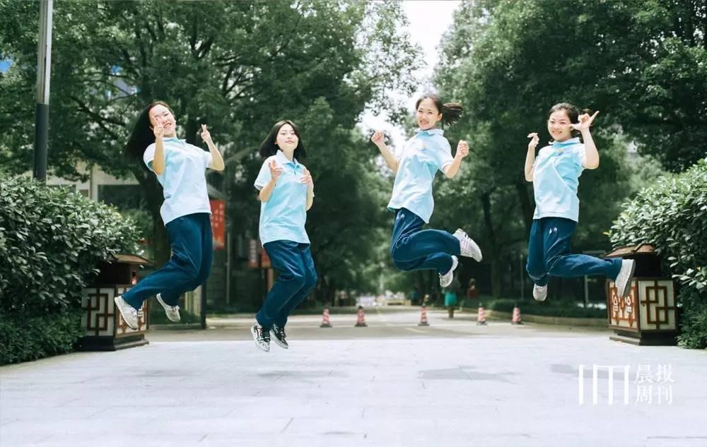 长沙高中这些特色校服,是比高考更令人难以忘怀的青春 八条视频图片