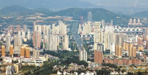 高楼林立的河南省安阳市林州市.荷玲 摄图片