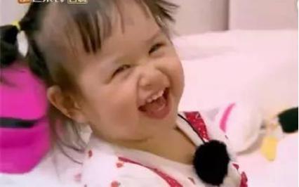 包贝尔女儿取代甜馨成综艺一姐,强大表情包来袭