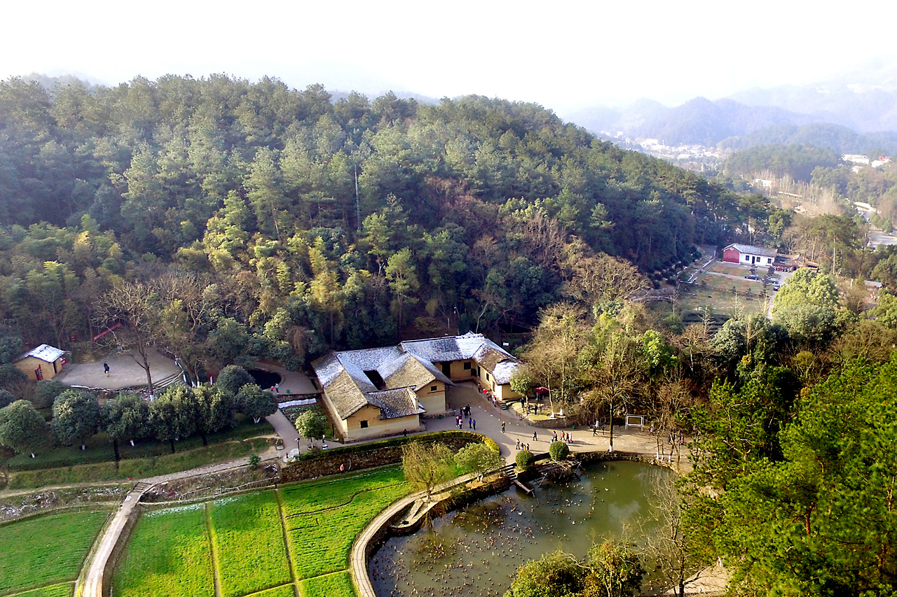 清平乐村居的���#_湘西这9个村镇成为湖南第一!