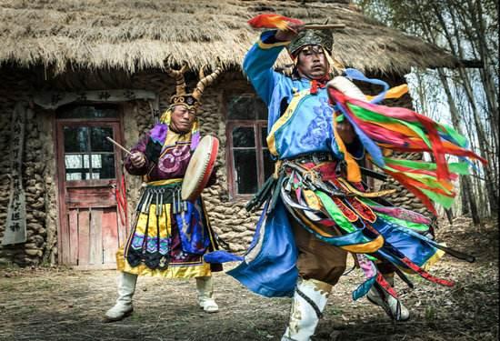 赫哲族萨满舞蹈