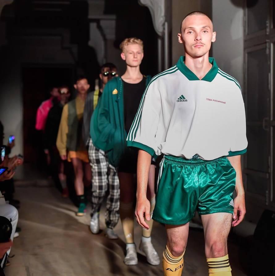 也许会是2018世界杯俄罗斯国家队队服?-穿成下一季的Gosha少年,
