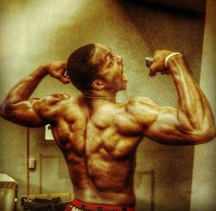 NBA5大光膀子肌肉男,詹姆斯钢铁做的马龙货真价实
