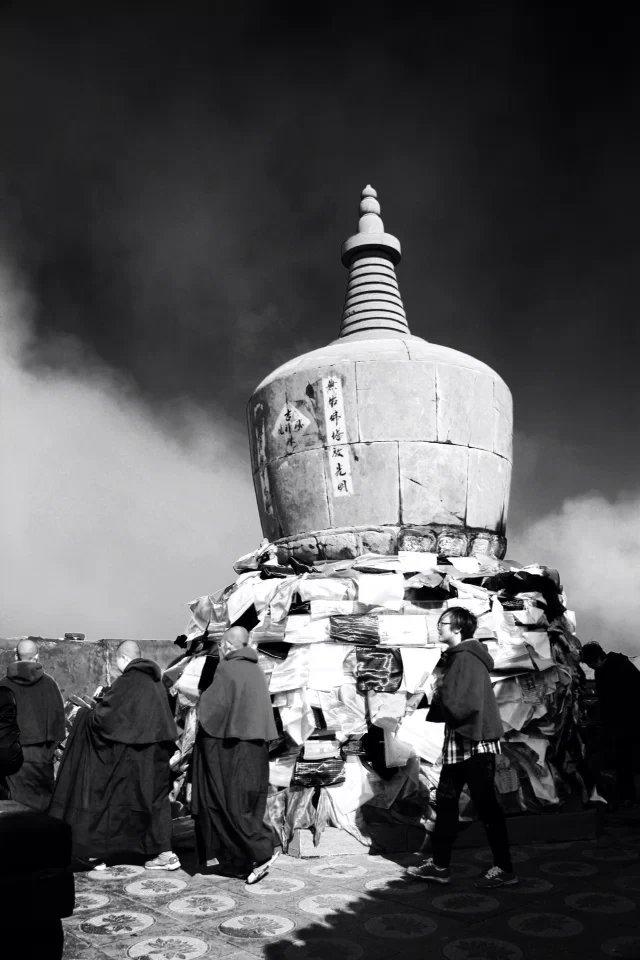 吸引多位皇帝亲临拜谒  佛教圣地五台山魅力何在?