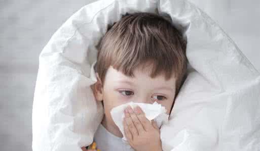 宝宝流白色透明鼻涕